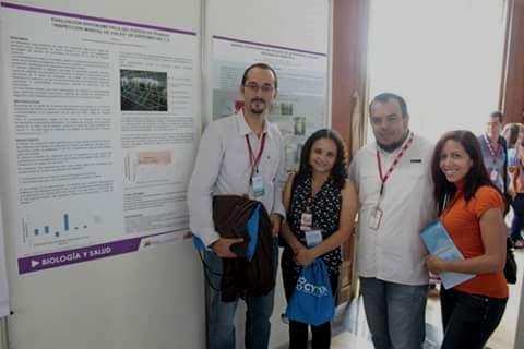 Gerardo Briceño con investigadores