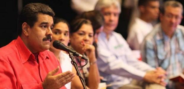 Presidente Maduro pide al pueblo repudiar actos violentos con fines desestabilizadores