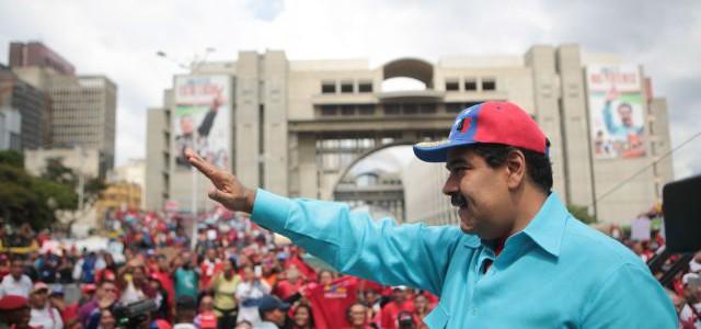 Presidente Maduro destaca rol protagónico del pueblo en activación de la Economía Comunal