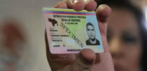 Desde junio venezolanos podrán tramitar cédula electrónica