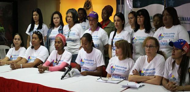 Mujeres de la Patria se pronuncian en respaldo a Dilma Rousseff