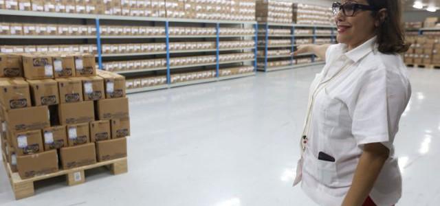 Ministra Melo: Venezuela posee 75% de capacidad instalada para producir medicamentos