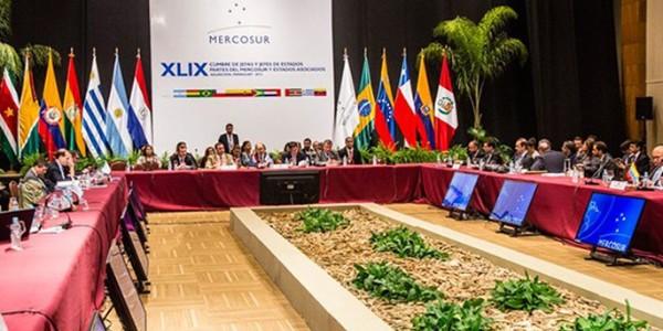 Venezuela asumirá hoy presidencia temporal de Mercosur Social