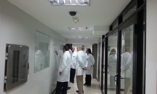 Visita a la planta Empresa Socialista de Producción de Medicamentos Biológicos (ESPROMED BIO)