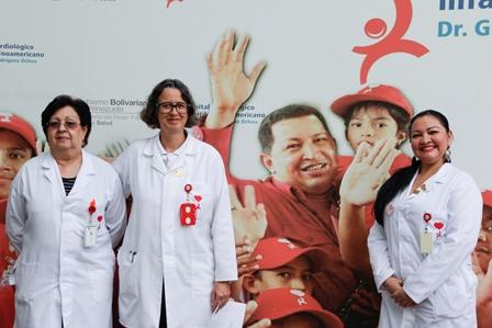 Cardiológico Infantil celebra 10° aniversario con más de 10 mil corazones sanos