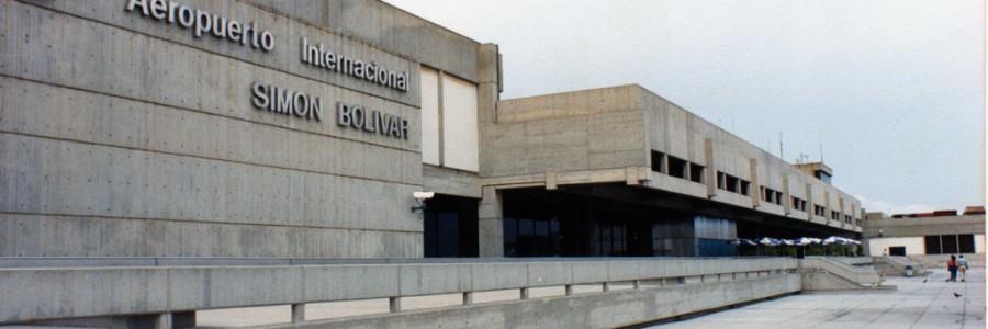 Con 100 vacunadores refuerzan cerco epidemiológico en el Aeropuerto de Maiquetía