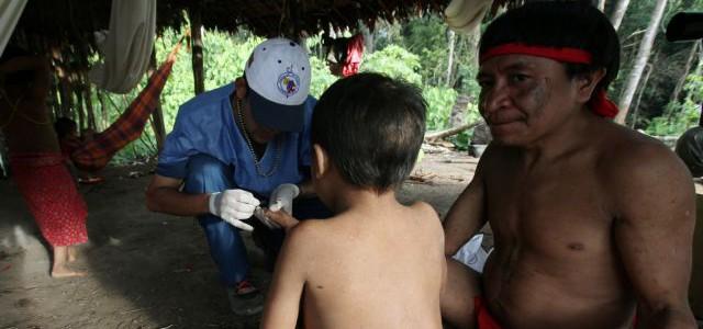 Refuerzan sistema de vacunación en zonas indígenas de frontera