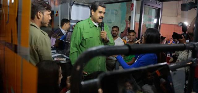 Maduro: Juventud debe convertirse en la protagonista de una nueva etapa de la Revolución