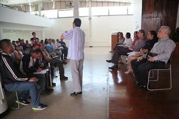 Autoridades sanitarias y trabajadores de QUIMBIOTEC inician mesas de trabajo