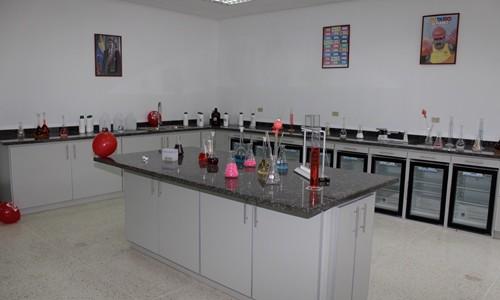 ESPROMED cumple 3 años con especialidades farmacéuticas y fórmulas magistrales