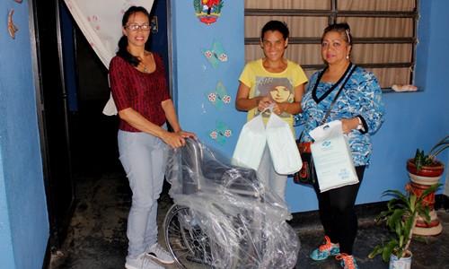 Atención al Ciudadano entregó donativo a joven con discapacidad