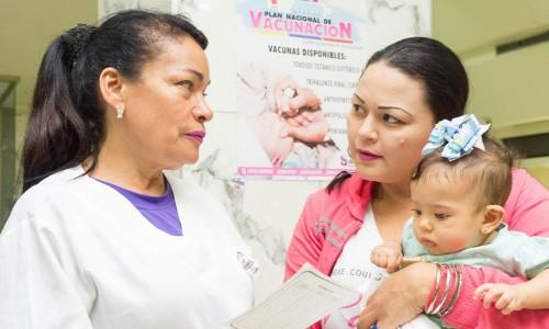OPS acompaña al Ministerio de Salud en la respuesta al brote de sarampión y difteria