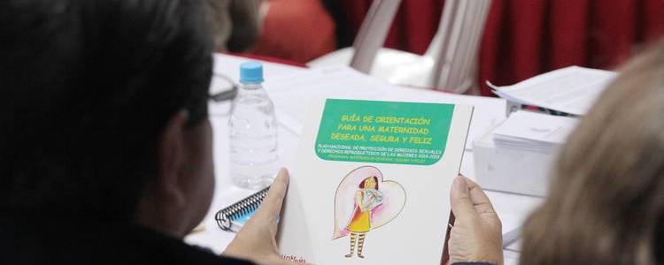 Más de 2.000 promotoras del Plan Parto Humanizado atienden a embarazadas
