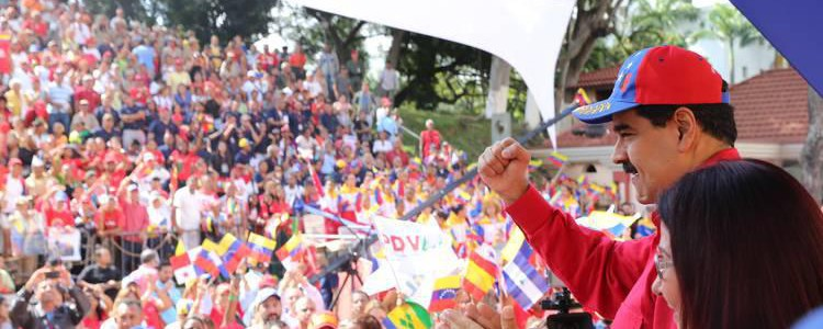 Maduro invita a leer las 12 victorias de la Revolución en 2017 descritas por Ramonet