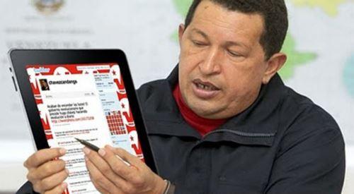31 de mayo de 2005: Chávez graduó a los primero egresados de la Misión Ribas