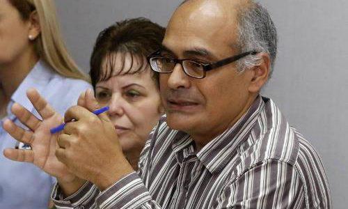 Un fisiatra con vocación docente conducirá el Ministerio para la Salud