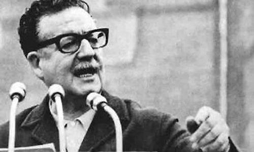 Hace 110 años nació Salvador Allende, el primer presidente socialista en América Latina
