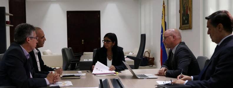Vicepresidenta y representantes de la Onudi se reunieron en Caracas