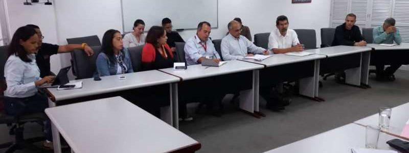 Ministro de Salud mantuvo reunión con representantes de empresas del Motor Farmacéutico