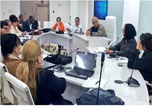 Ministro Alvarado recibió a representantes del Ministerio de Salud Pública de Cuba
