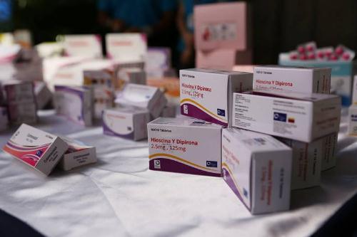 Gobierno revisa precios acordados de las medicinas