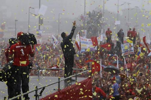 4 de octubre de 2012: Chávez, la lluvia y el corazón del pueblo