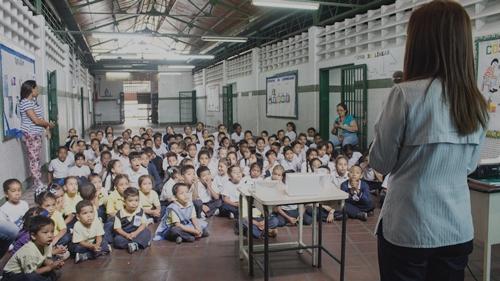 Espromed BIO va a la Escuela para informar sobre la importancia de vacunarse