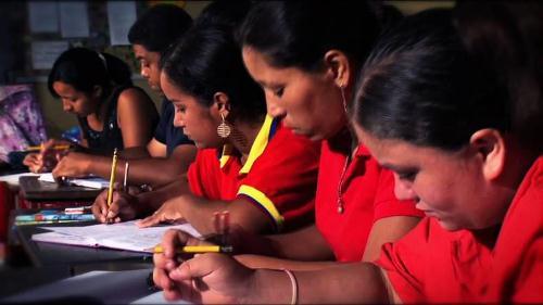 Misión Robinson ha logrado que un millón 270 mil personas culminen el sexto grado